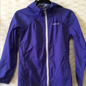 Columbia Purple jacket in Size Girl's M